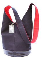 Bag_102_black_and_red_reduced_more_